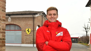 Ferrari, auguri a Schumi jr per i suoi 21 anni