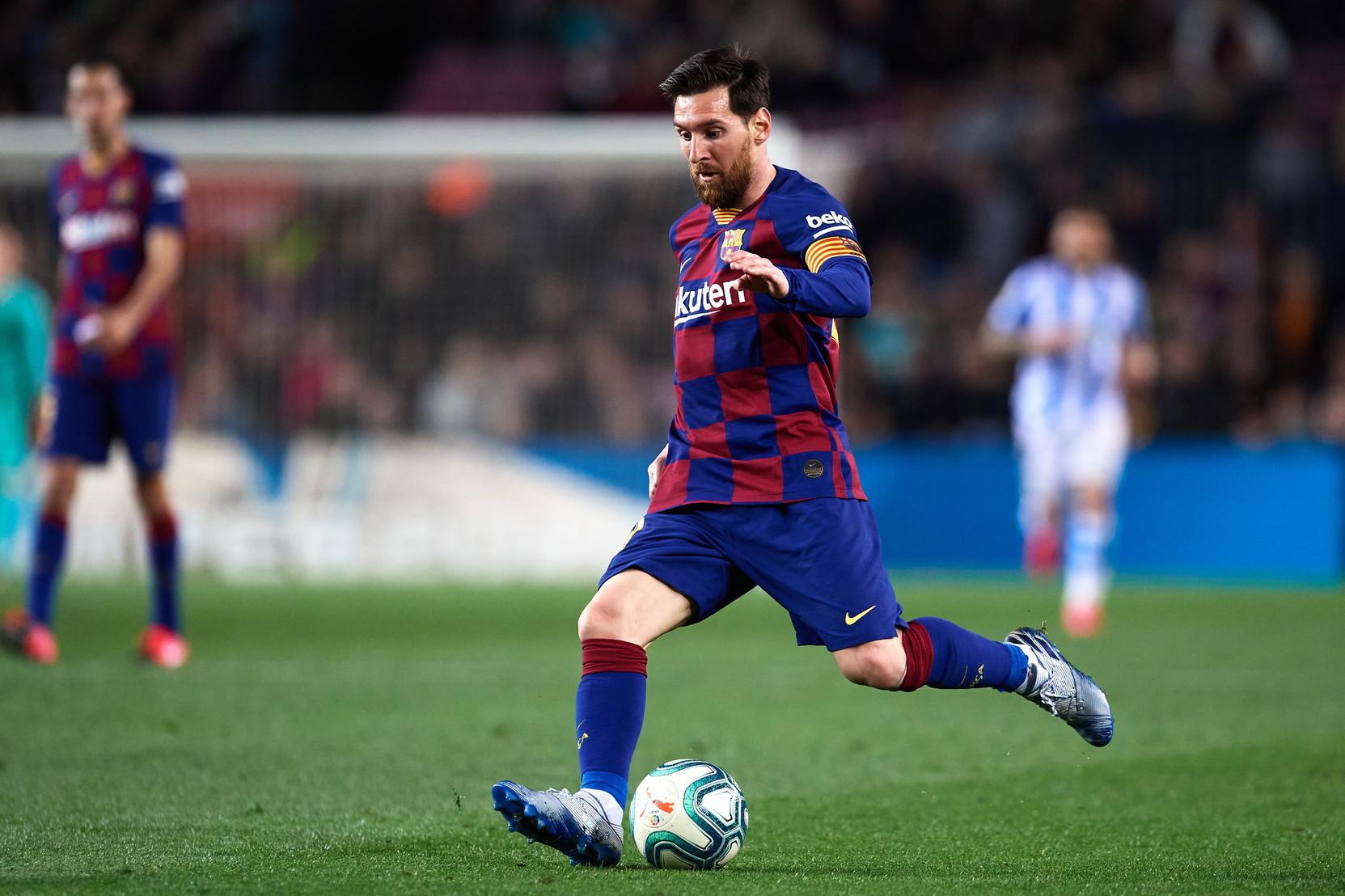 1) Lionel Messi (Barcellona): 131 milioni di euro lordi