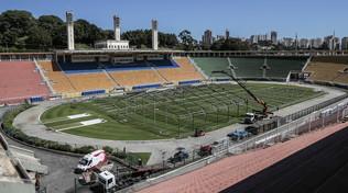 Il Brasile si prepara: lo stadio di San Paolo diventa un ospedale