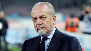 """Niente """"fughe"""" da Napoli: De Laurentiis non concede permessi ai giocatori"""