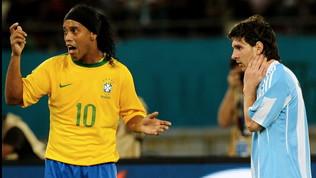 Messi re dei dribbling: sconfittoDinho. EMahrez batte Maradona...