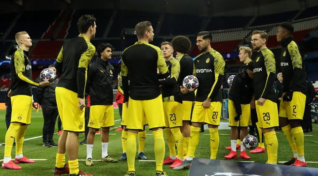 Il Borussia Dortmund gioca d'anticipo: subito in campo, ma con alcune precauzioni