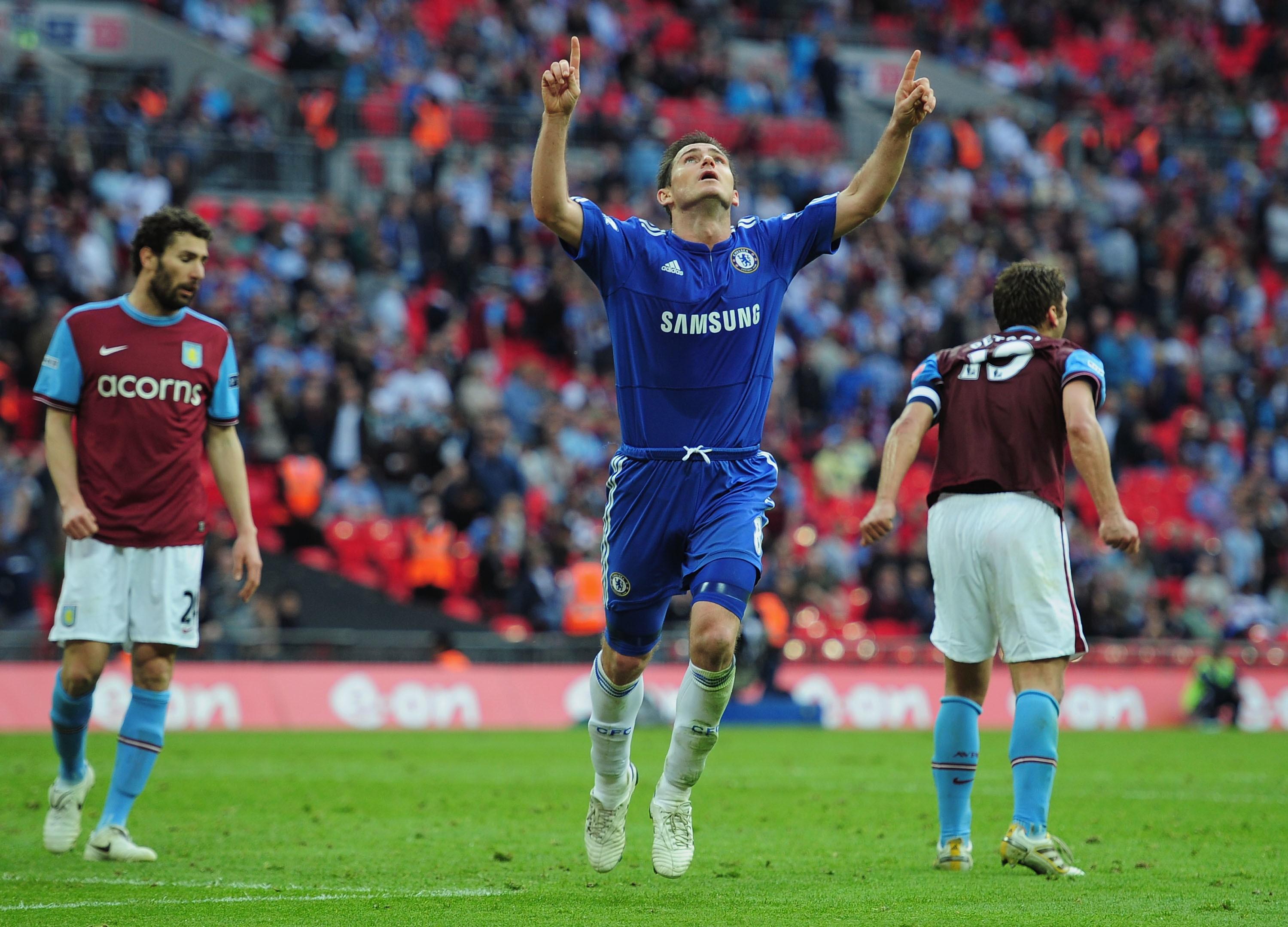 Interno destro di centrocampo: Lampard