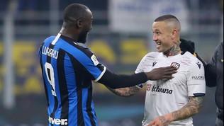 Cagliari, la squadra si taglia lo stipendio | Giulini lancia l'allarme diritti Tv