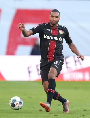 25 - JONATHAN TAH (Bayer Leverkusen)