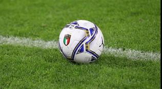Tamponi, maxi-ritiri e sanificazioni: così ripartirà il calcio italiano