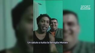 """Ronaldinho, video-messaggio dal carcere: """"Stiamo bene"""""""