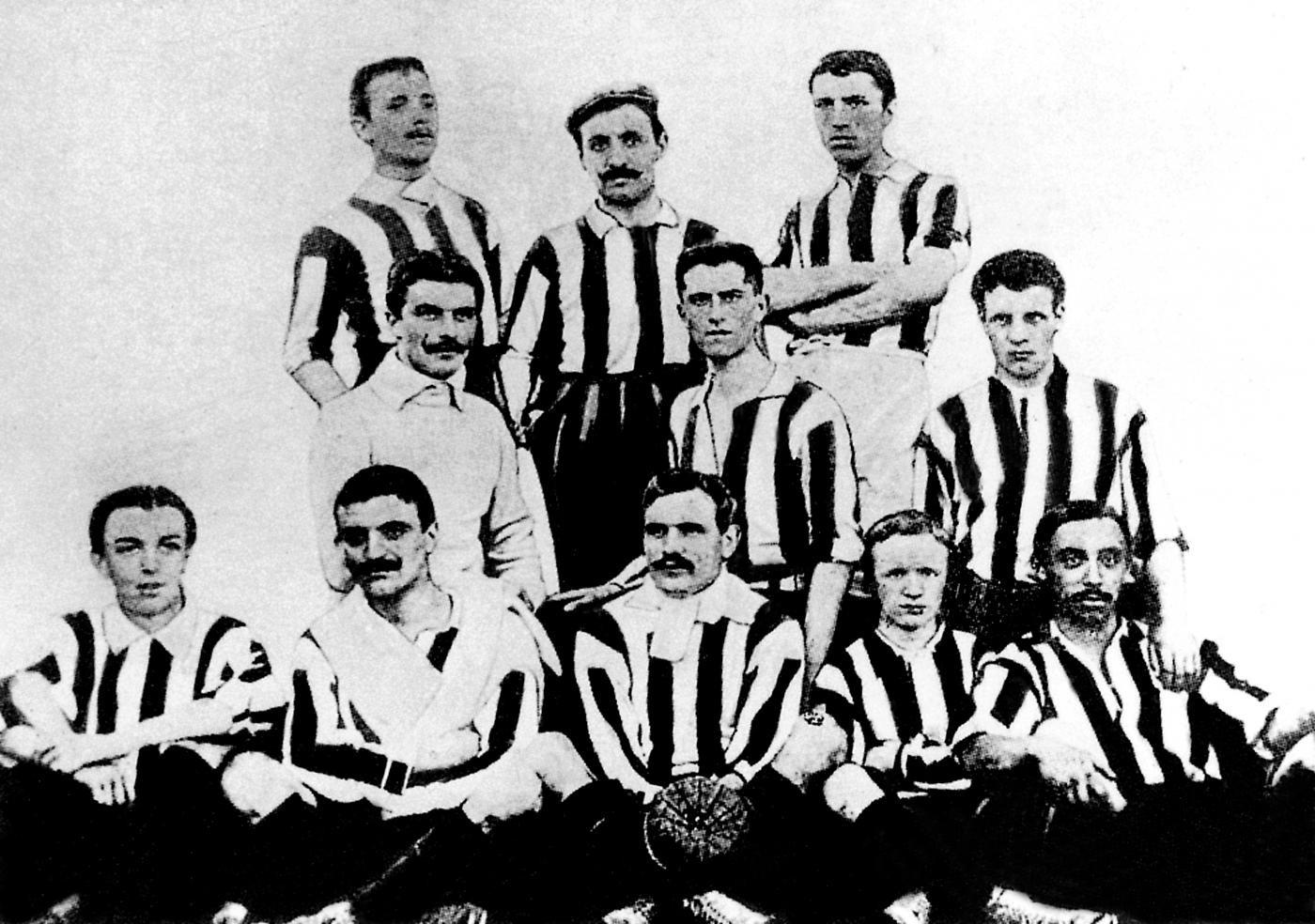 La formazione dello storico scudetto del 1905