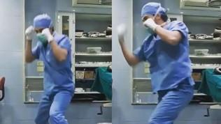 Pugile-medico siriano fa boxe a vuoto in sala operatoria