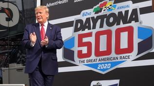 """""""Lo sport riparta"""": il doppio azzardo di Trump"""