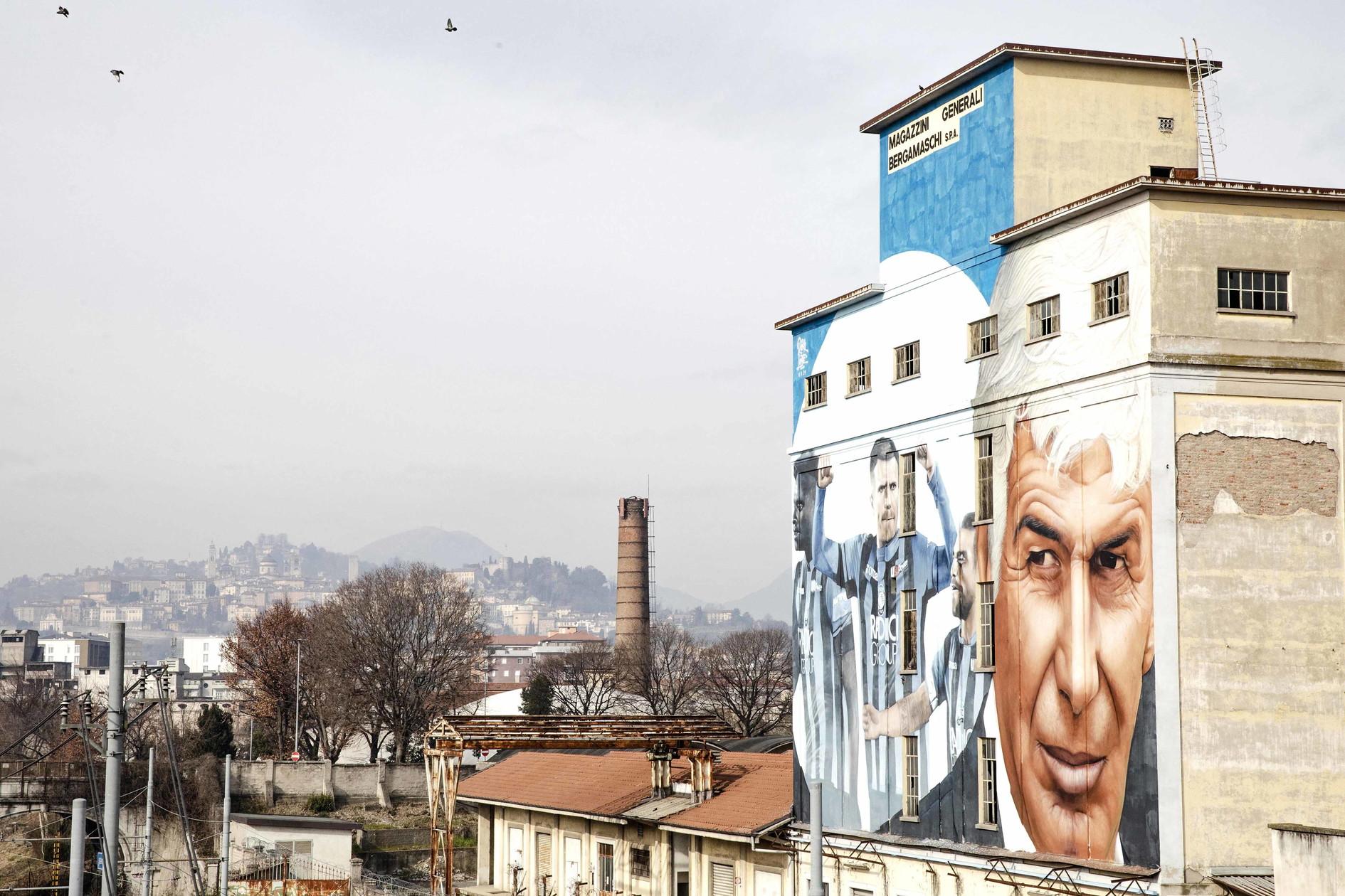 A Bergamo un maxi murale con Gasperini e Ilicic | Foto ...
