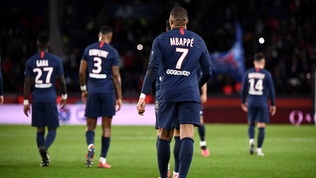 Ligue 1: i calciatori rinunciano alla ripresa, ma non allo stipendio