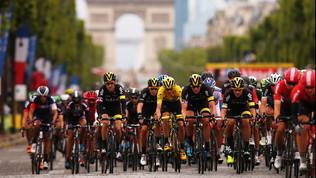 Francia, grandi eventi stoppati fino a fine agosto: il Tour trema