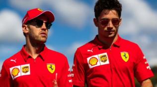 """Leclerc a Vettel: """"Tra noi momenti di tensione ma sempre rispetto, grazie di tutto"""""""