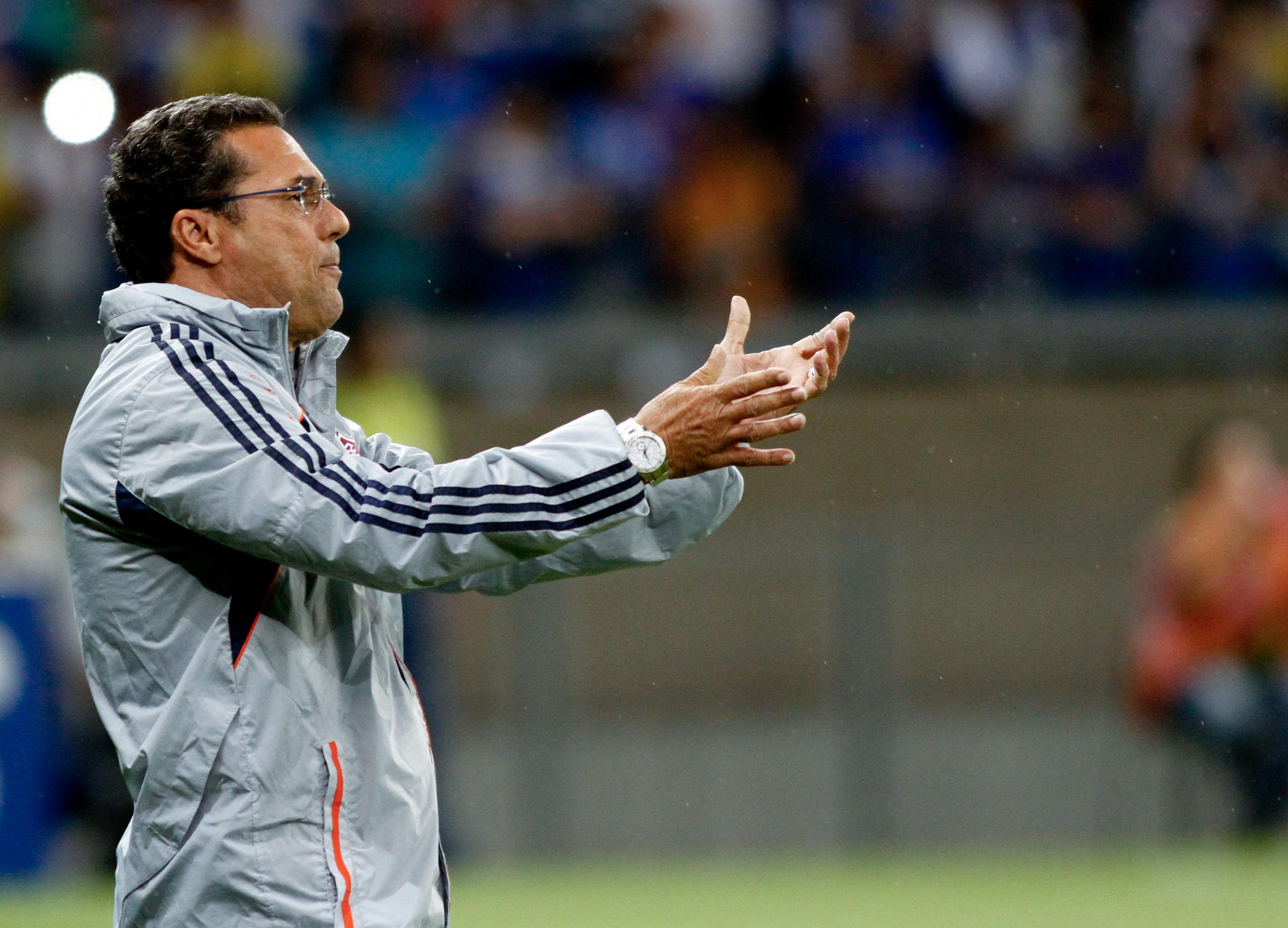 Vanderlei Luxemburgo ha allenato il Tianjin nel 2015/16 per sei mesi
