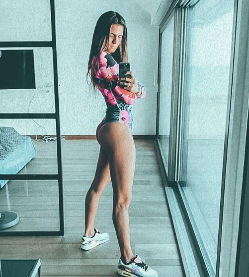 I duri allenamenti di Carolina Marcialis durante la quarantena hanno prodotto super risultati, come mostra la moglie di Antonio Cassano su Instagram.