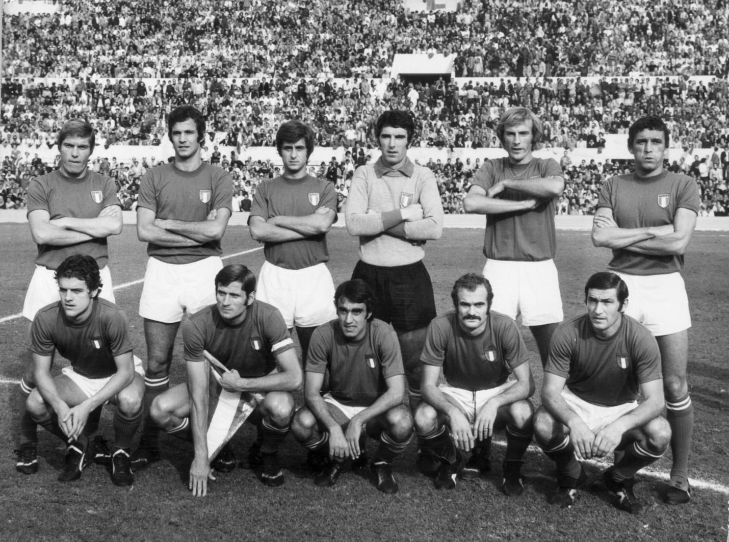 Prima della partita contro la Svizzera nel 1973
