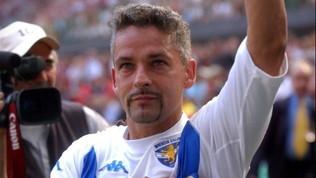 Baggio saluta il calcio, San Siro si alza in piedi per il Divin Codino