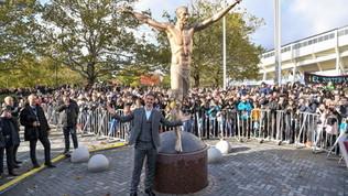 Ibra, Malmoe vuole trasferire la statua vandalizzata: ipotesi Stoccolma