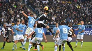 La Serie A non parte: rispunta l'ipotesi playoff per scudetto e salvezza