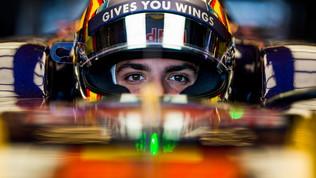 """Sainz Jr: """"In corsa con papà? Non credo proprio!"""""""