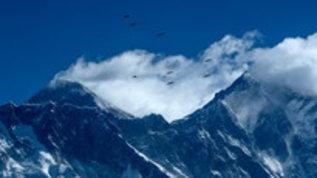 Quella prima volta sulla vetta dell'Everest