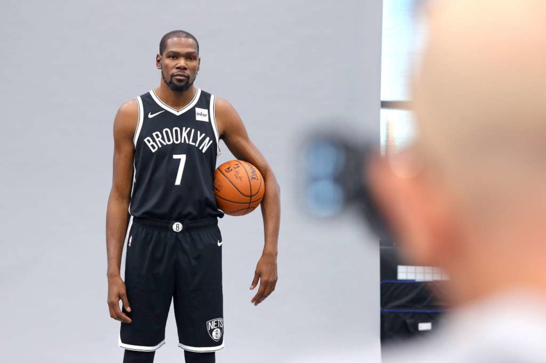 7 - Kevin Durant - basket - 63,9 milioni di dollari