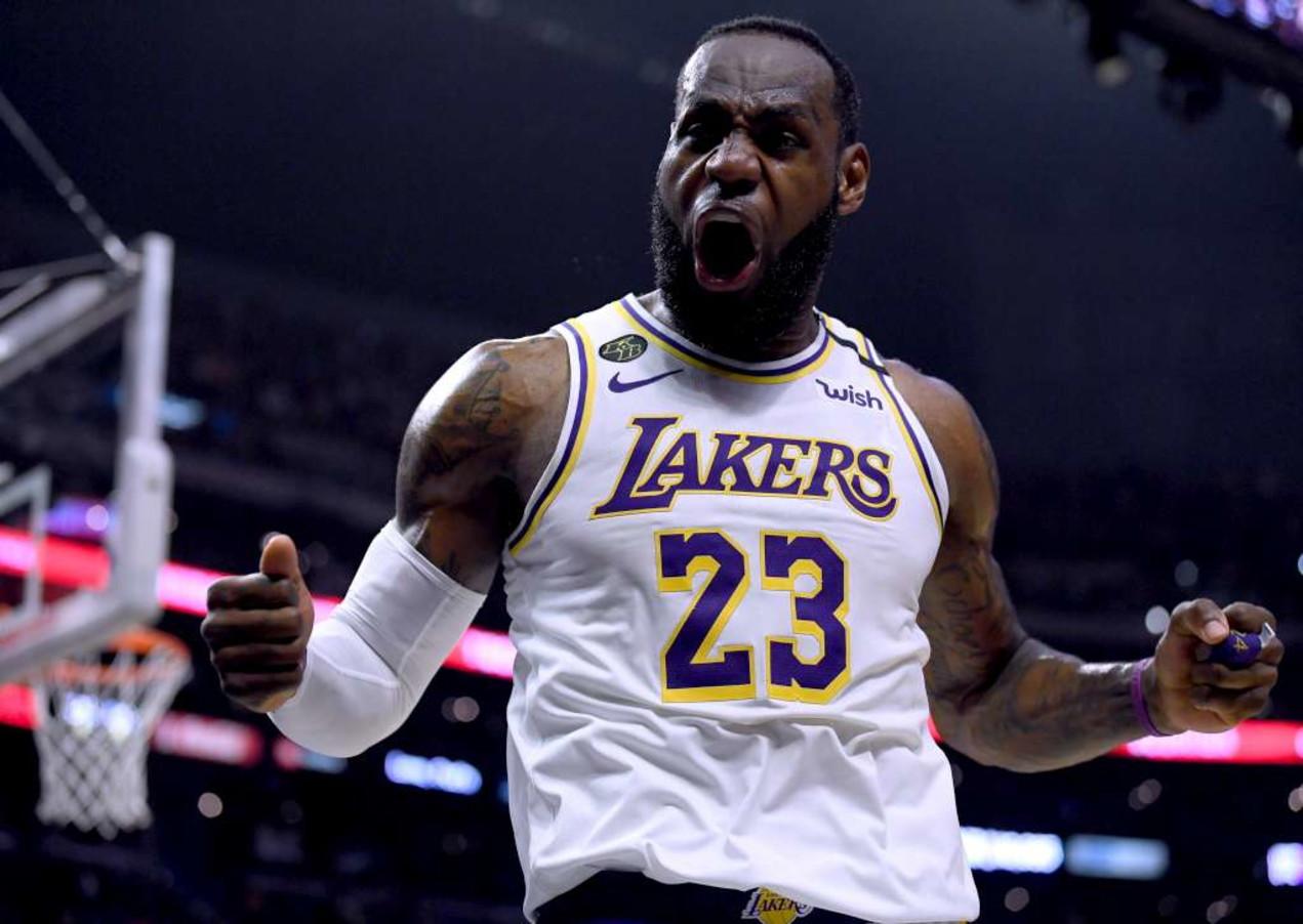 5 - LeBron James - basket - 88,2 milioni di dollari
