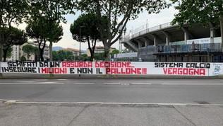 """Atalanta, gli ultras contro la ripresa: """"Inseguire i milioni"""""""