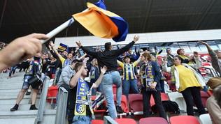 Tamponi e distanziamento, in Ungheria i tifosi tornano allo stadio