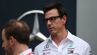 "Toto Wolff occhiolino a Vettel: ""Mercedes? Mai dire mai"""