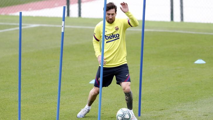 Messi ko, Barcellona in ansia: problemi all'adduttore   News
