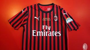 Milan, allo Stadium con una maglia speciale per i sanitari