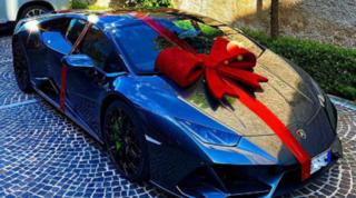 Insigne, che regalo dalla moglie: una Lamborghini da 200.000 euro