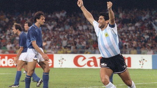 Maradona ricorda Italia '90 e celebra la sua Argentina