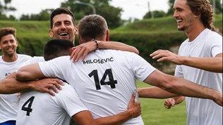 Djokovicci ricasca:partita a calcio senza rispettare il distanziamento