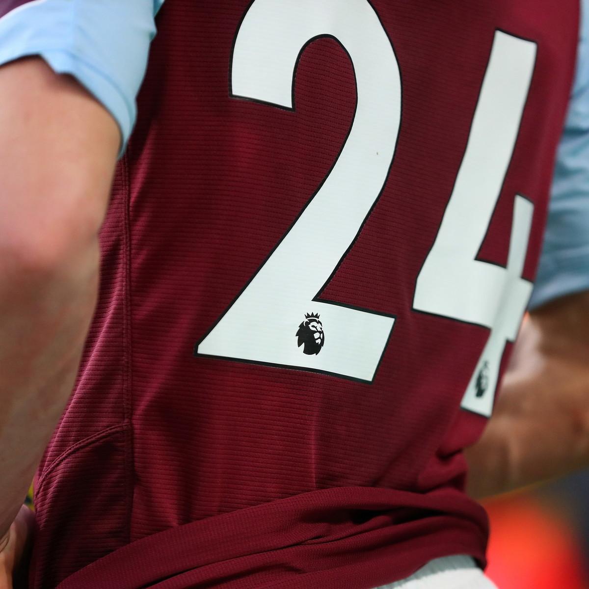"""Premier League, la scritta """"Black Lives Matter"""" al posto dei nomi dei giocatori sulle magliette"""