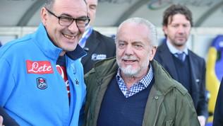"""De Laurentiis attacca Sarri e infiamma la sfida: """"Via per soldi, mi ha tradito"""""""
