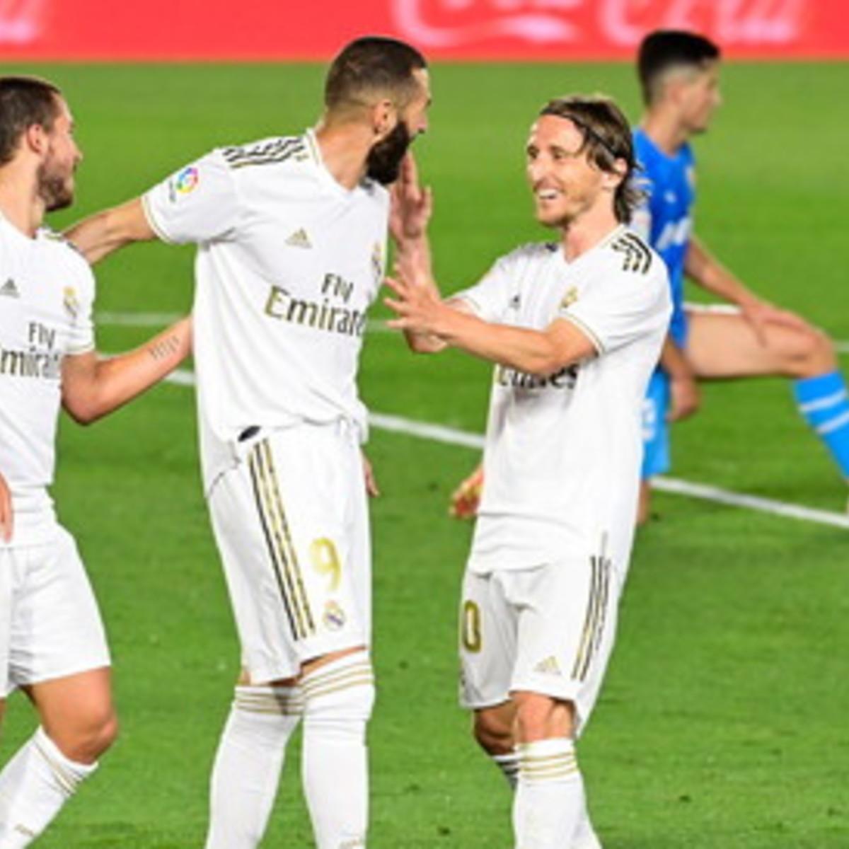 Liga: il Real Madrid si sveglia nella ripresa, Benzema e Asensio stendono il Valencia