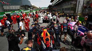 Griglie contingentate e steward da remoto: la F1 pronta a ripartire