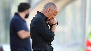 , Antonio Filippini in lacrime nel minuto di silenzio