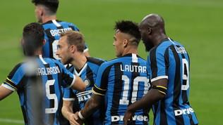 La LuLafa 30 e stende la Samp: Conte non molla Juve e Lazio