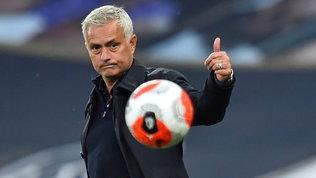 """Mourinho: """"Kane con me non segna? Drogba, CR7, Benzema e Ibra l'hanno fatto..."""""""