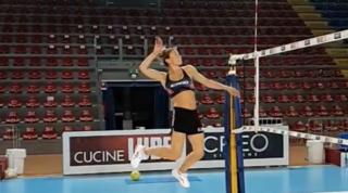 Lucia Bosetti torna ad allenarsi dopo l'infortunio alla spalla