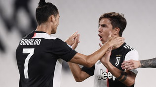 La Juvesoffre un tempo, poi cala il poker: Lecce ko e Lazio a -7