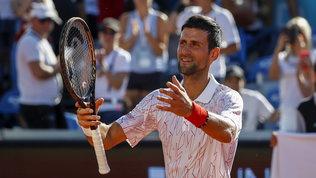 """Djokovic, minacce su un muro a Spalato: """"Devi morire di Covid"""""""