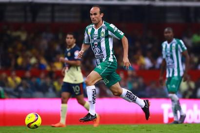 Landon Donovan - il miglior marcatore della storia della MLS e della Nazionale statunitense ha detto addio nel 2016 quando evstiva la maglia dei Los Angeles Galaxy, ma poi è tornato in campo nel 2018 con i messicani del Leon.