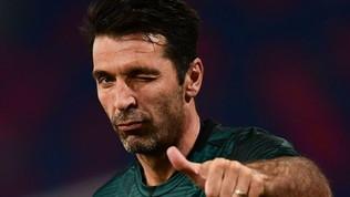 Buffon, derby 'storico': sorpasso a Maldini e record