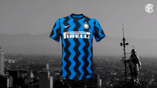 Inter, presentata la prima maglia 2020/21