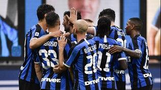 Goleada Inter, Brescia travolto: Conte risponde a Juve e Lazio